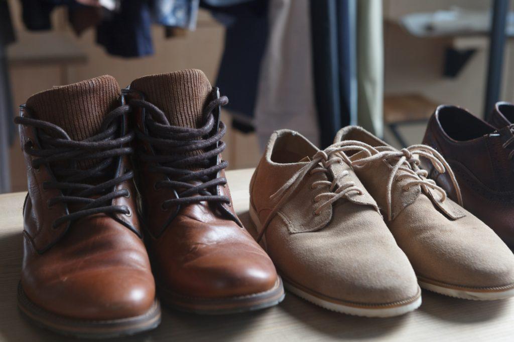 靴の悪臭を消し去る裏ワザを紹介します!嫌な臭いも翌日にはすっきり